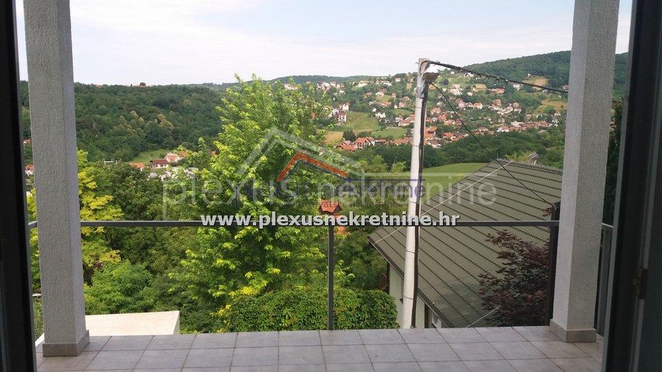 SNIŽENO! Kuća s pogledom na panoramu grada: Zagreb, Gajnice, 236 m2