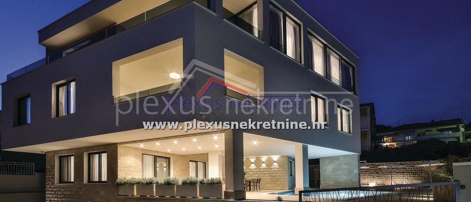 Casa, 363 m2, Vendita, Trogir - Čiovo