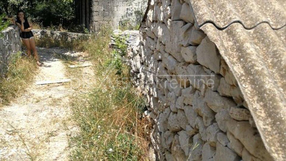 Kamena kućica: Trogir - okolica, Drvenik Veli, 22 m2