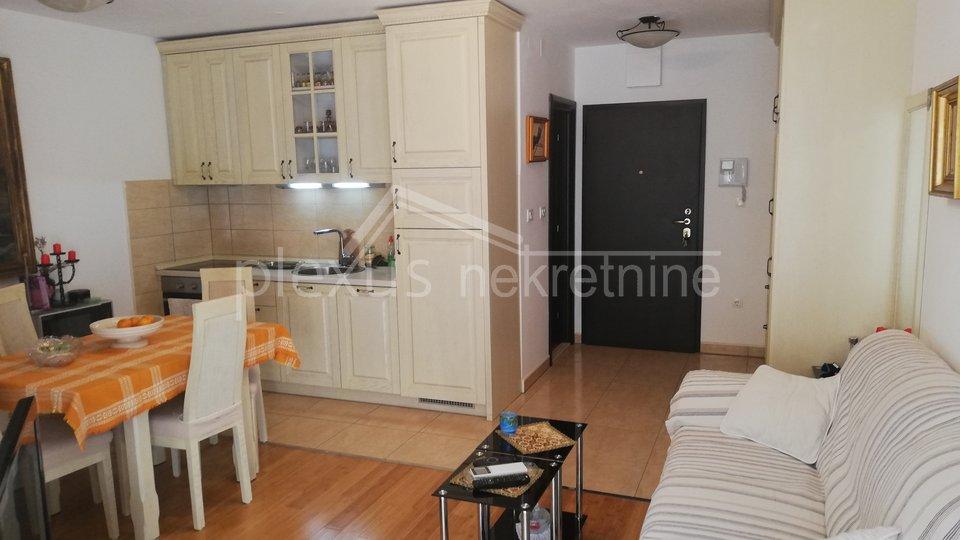 SNIŽENO! Jednosoban stan s vrtom: Split, Kocunar, 46 m2