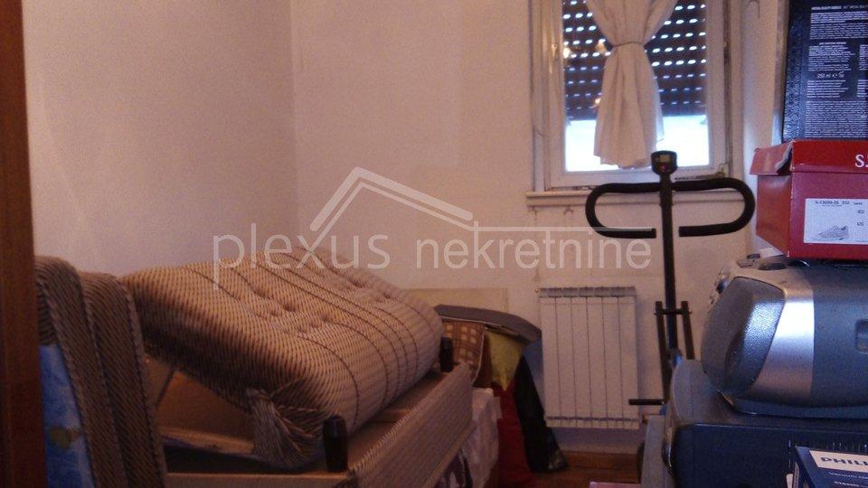 Trosoban komforan stan: Solin, Japirko, 76 m2