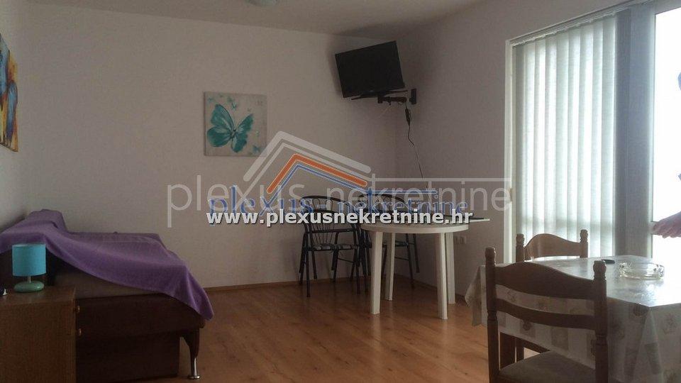 House, 800 m2, For Sale, Omiš - Lokva Rogoznica