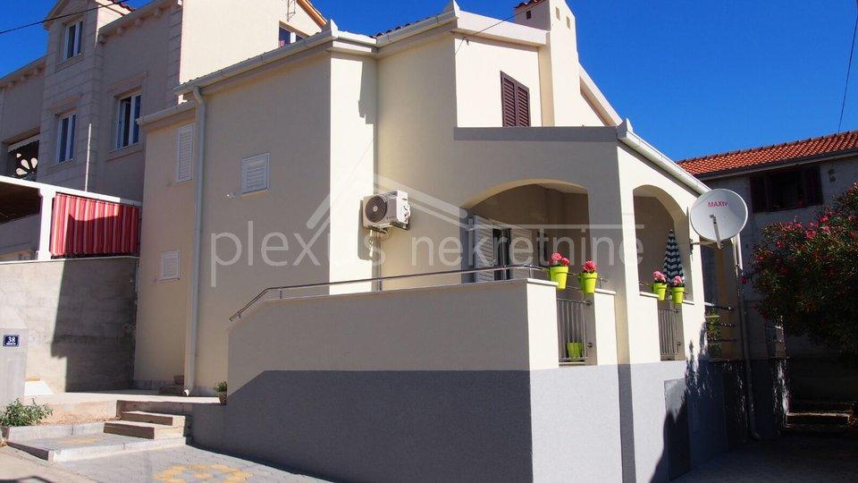 Haus, 78 m2, Verkauf, Okrug - Okrug Gornji