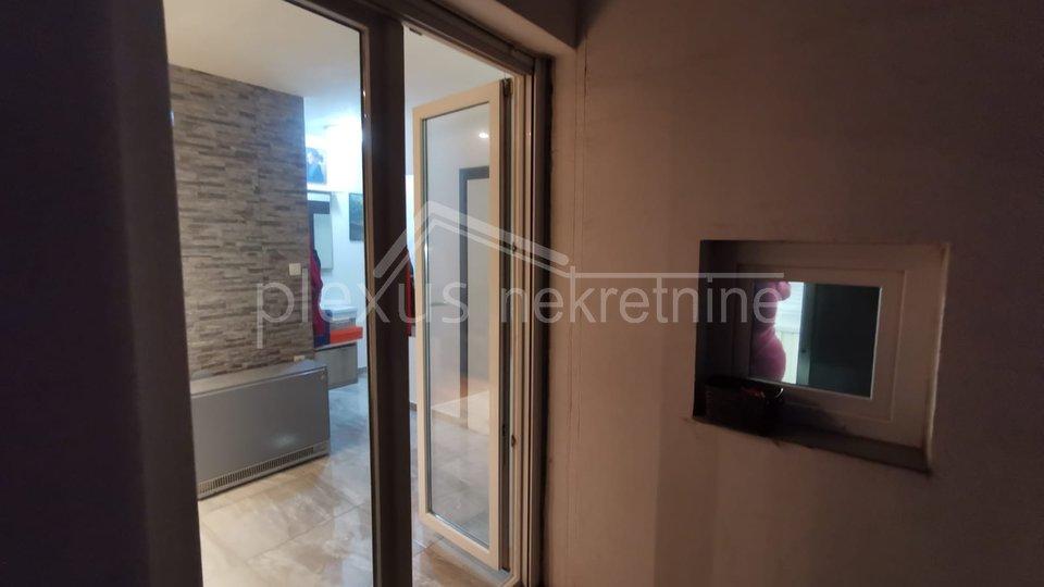 Namješten trosoban stan s pogledom na more: Split, Sućidar, 75 m2