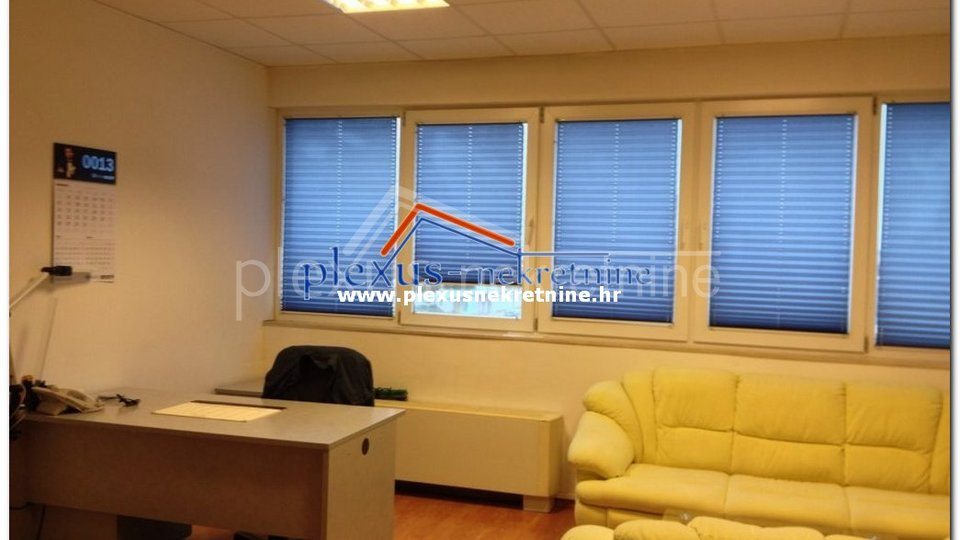 Commercial Property, 900 m2, For Sale, Kaštel Sućurac