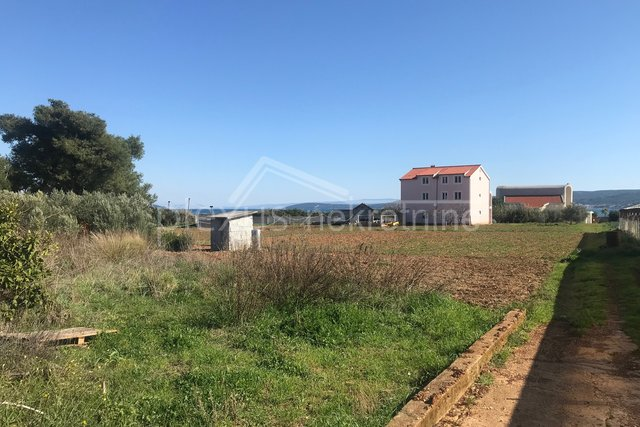 Land, 582 m2, For Sale, Kaštel Štafilić