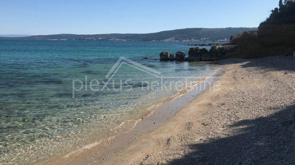 Terreno edificabile vicino al mare: Kastel Stafilic, 582 m2