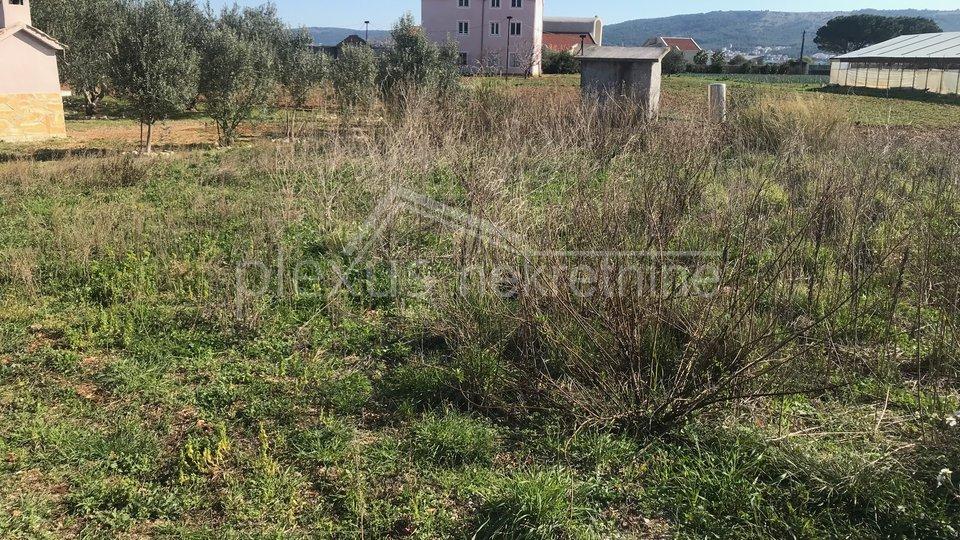 Land, 582 m2, For Sale, Kaštel Štafilić