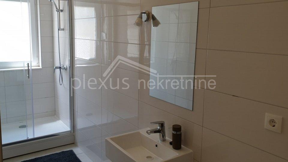 Apartment, 90 m2, For Sale, Kaštel Štafilić