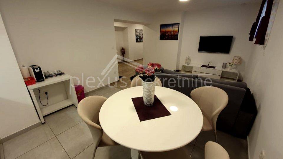 Jednosoban stan u centru: Split, Dobri, 54 m2