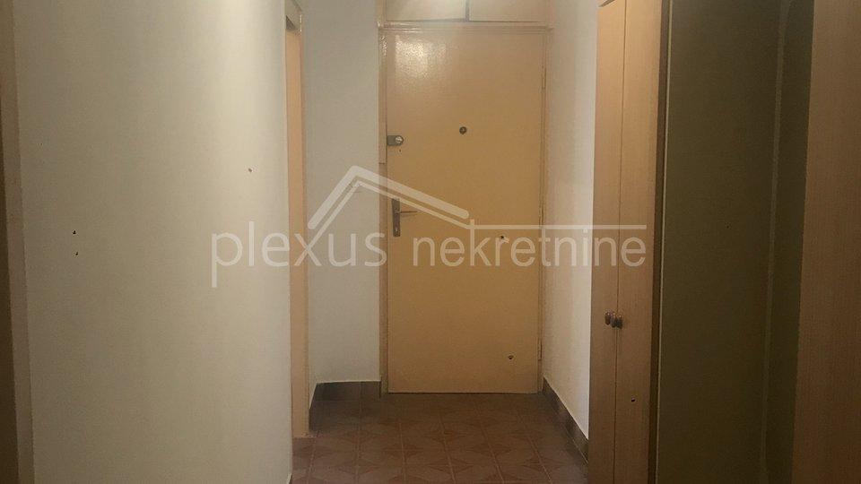 Dvosoban stan: Split, Plokite, 59 m2