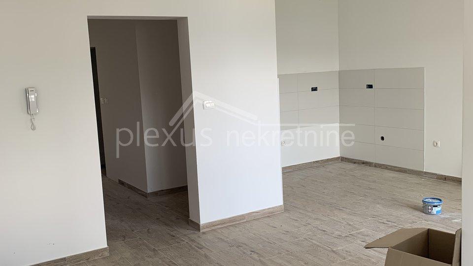 Dvosoban stan - apartman: Čiovo, Okrug Gornji, 80 m2