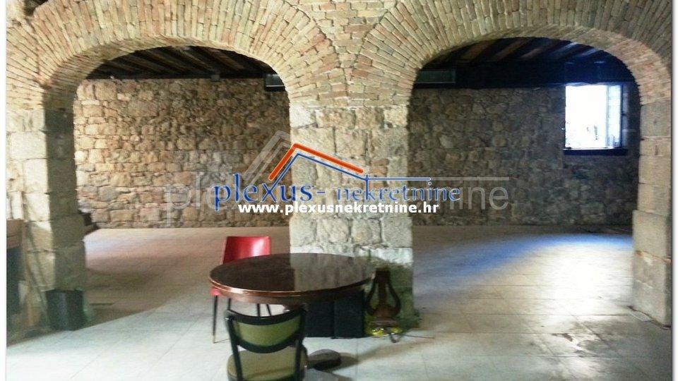 Poslovni prostor: Split - centar, ugostiteljstvo ili trgovina (prodaja)