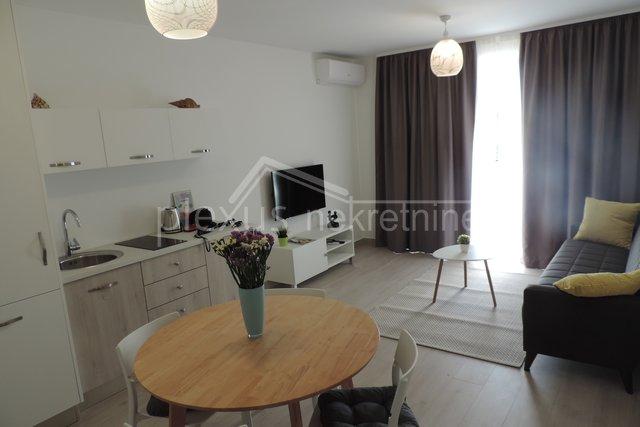 Wohnung, 60 m2, Vermietung, Split - Plokite