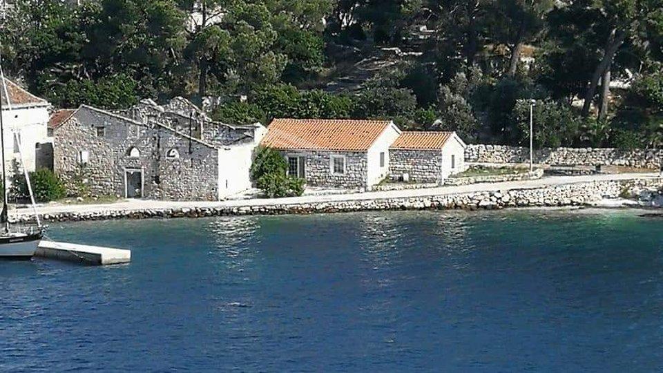 House, 18 m2, For Sale, Drvenik Veliki