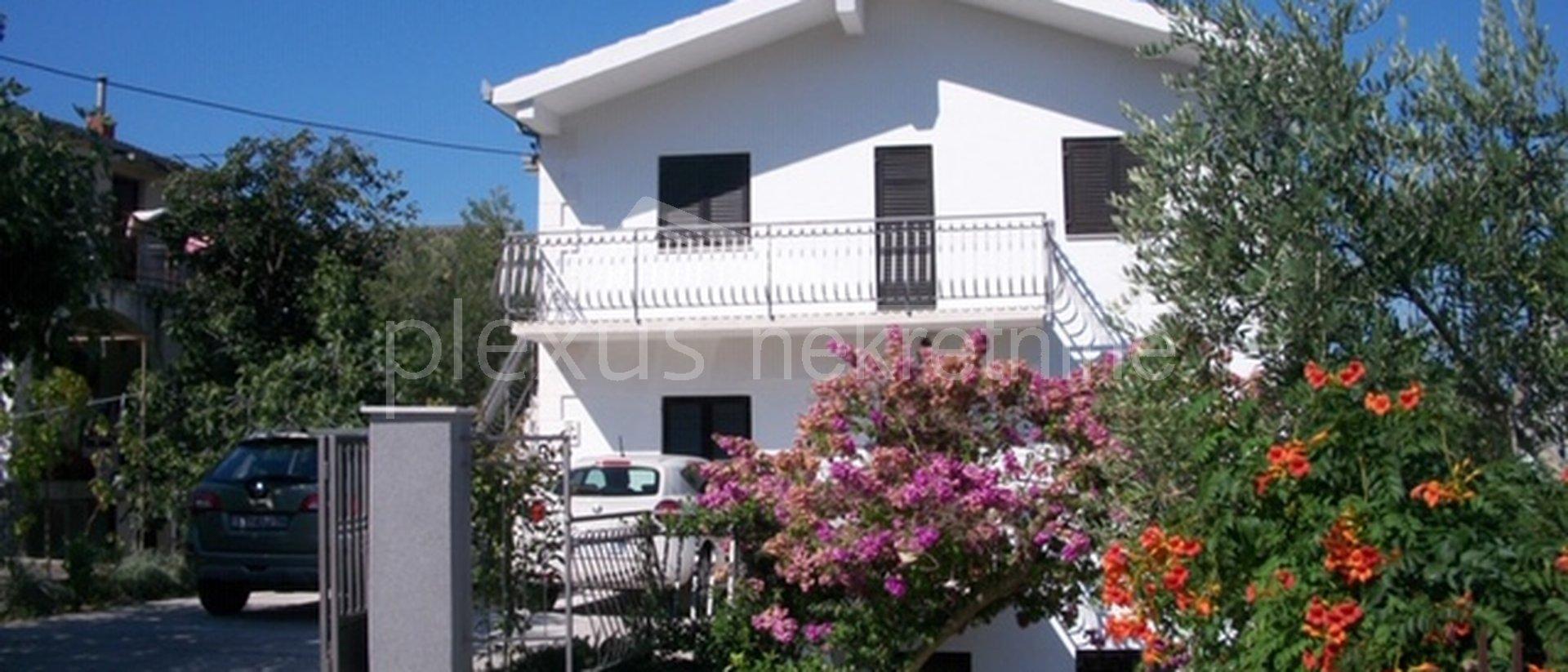 Hiša, 341 m2, Prodaja, Seget Vranjica