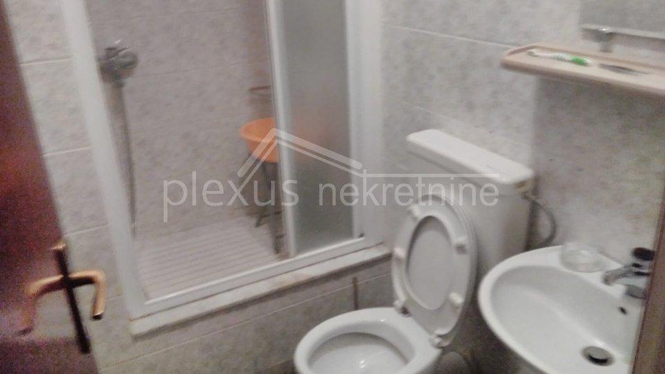 Trosoban stan: Split, Trstenik, 105 m2