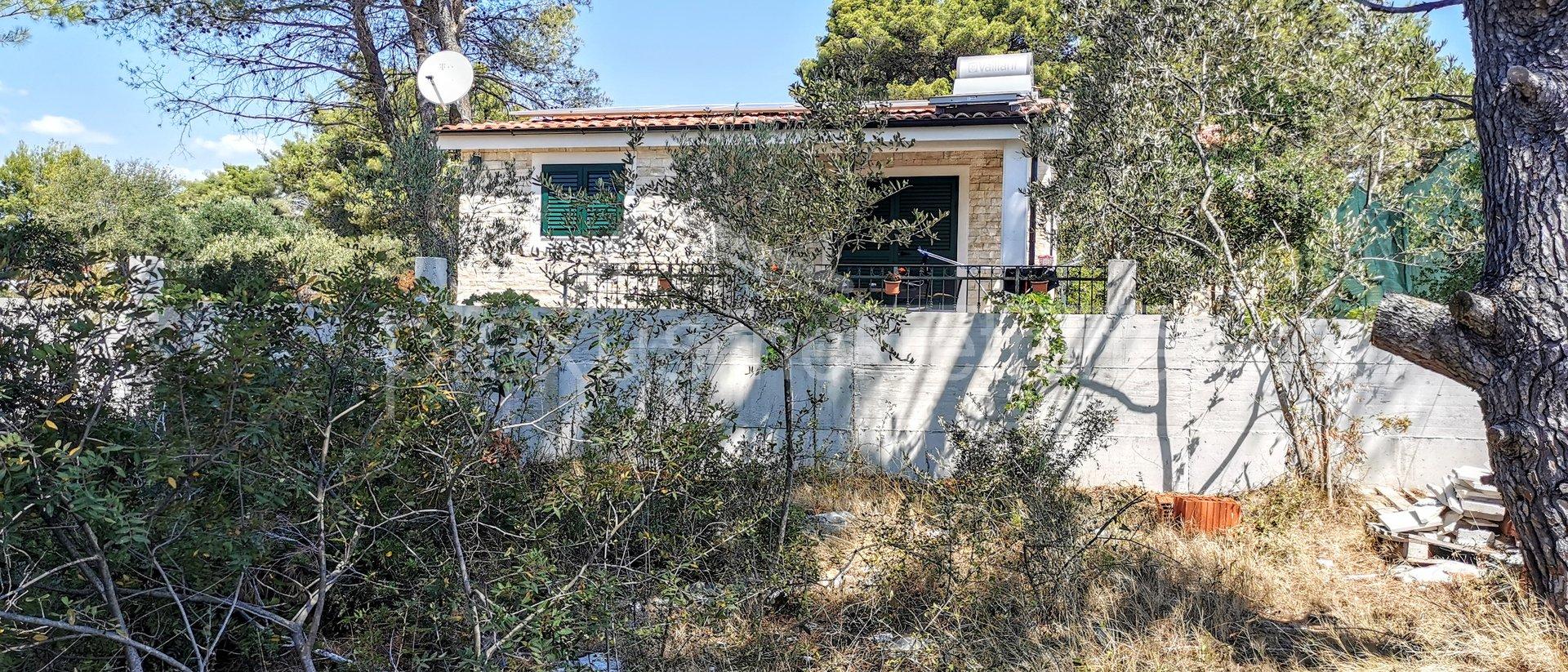Anwesen, 1640 m2, Verkauf, Okrug - Okrug Gornji