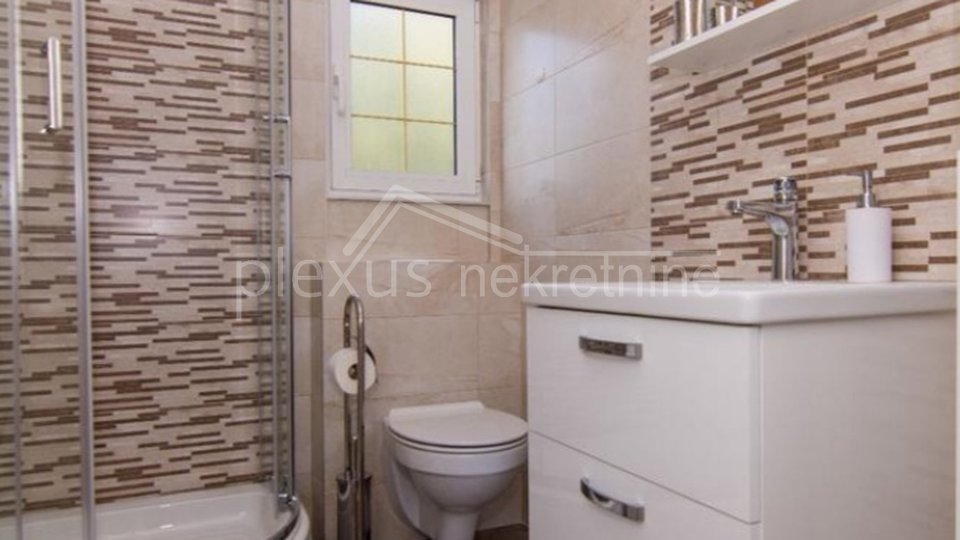 House, 140 m2, For Sale, Okrug - Okrug Gornji
