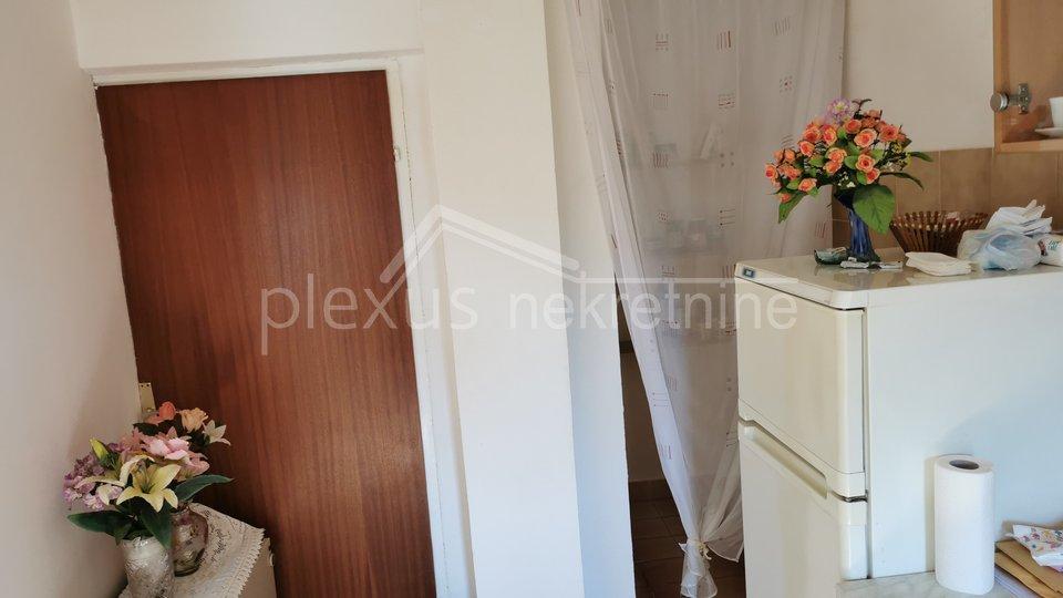 Apartment, 82 m2, For Sale, Kaštel Stari