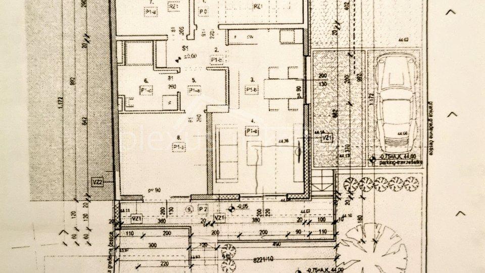 Obiteljska kuća s projektom nadogradnje: Split, Pojišan - Gripe, 60 m2