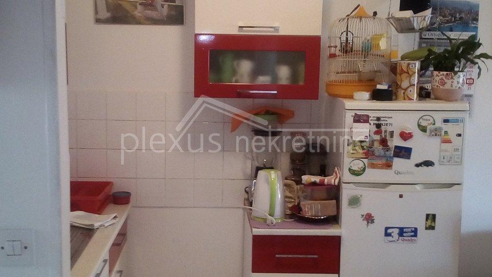 Appartamento, 39 m2, Vendita, Solin - Japirko
