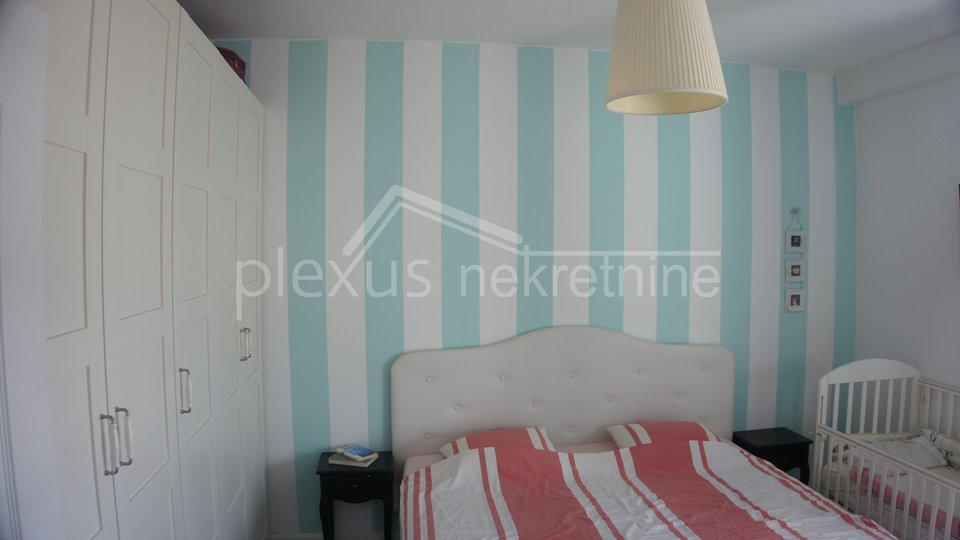 Dvosoban stan u širem centru: Split, Dobri, 56 m2