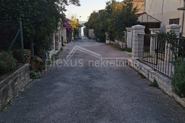 Land, 500 m2, For Sale, Kaštel Stari
