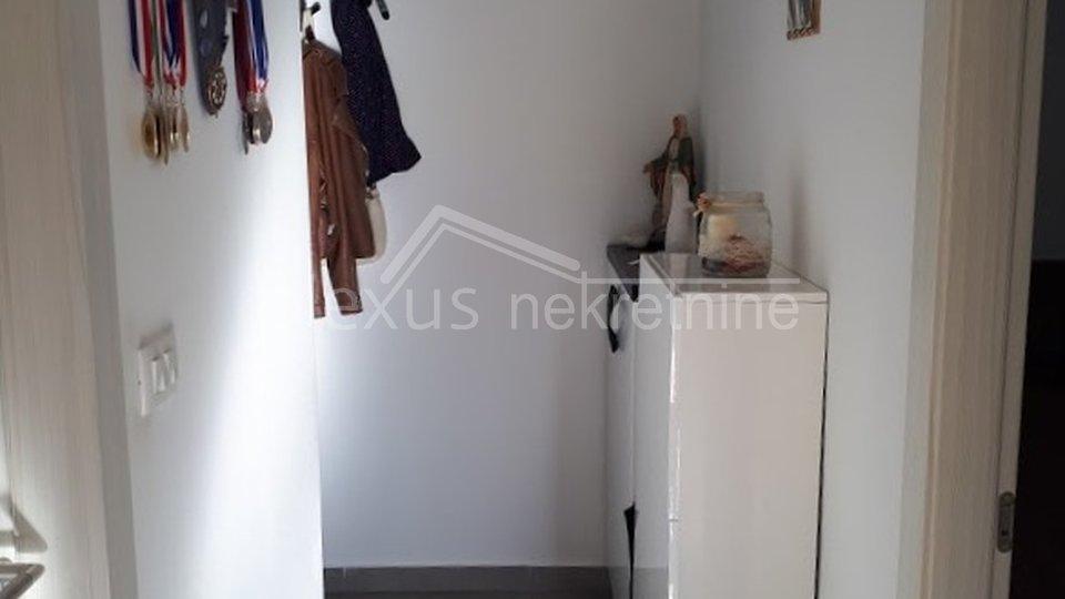 Jednosoban stan: Split, Kila, 46 m2