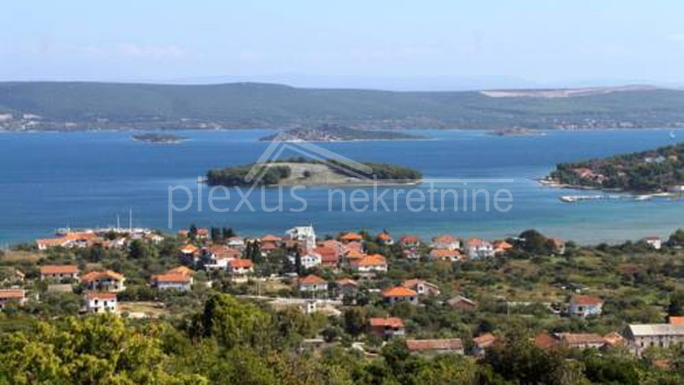 Poljoprivredno zemljište: otok Pašman, Mrljane, 2556 m2