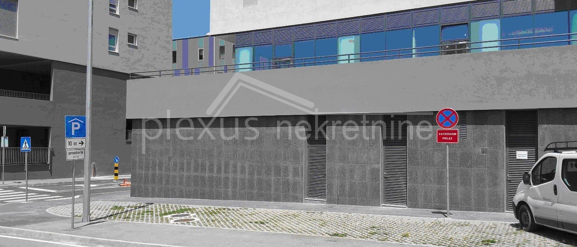 Uffici, 196 m2, Affitto, Split - Trstenik