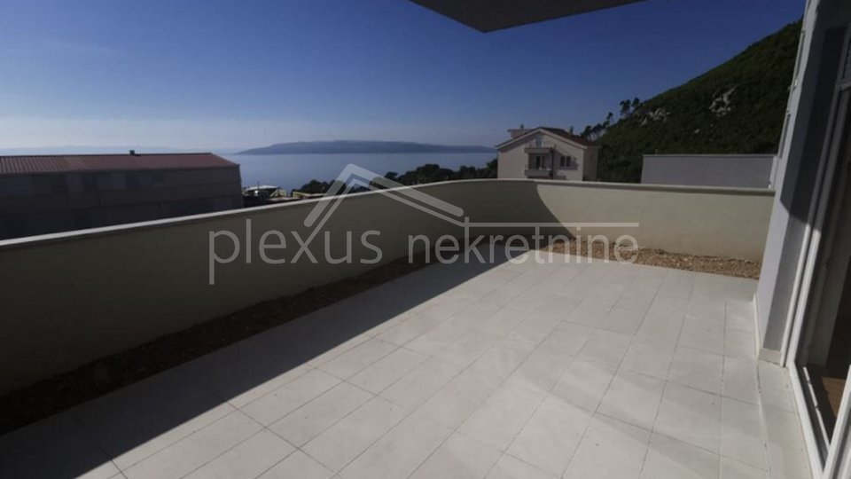 NOVOGRADNJA! Dvosoban stan s vrtom: Makarska, Veliko brdo, 114 m2