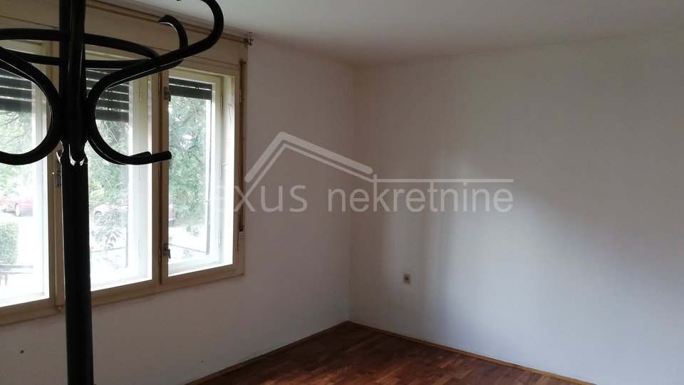 House, 150 m2, For Sale, Novi Zagreb - Botinec