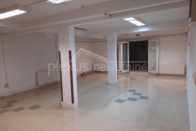 Commercial Property, 225 m2, For Sale, Split - Pazdigrad