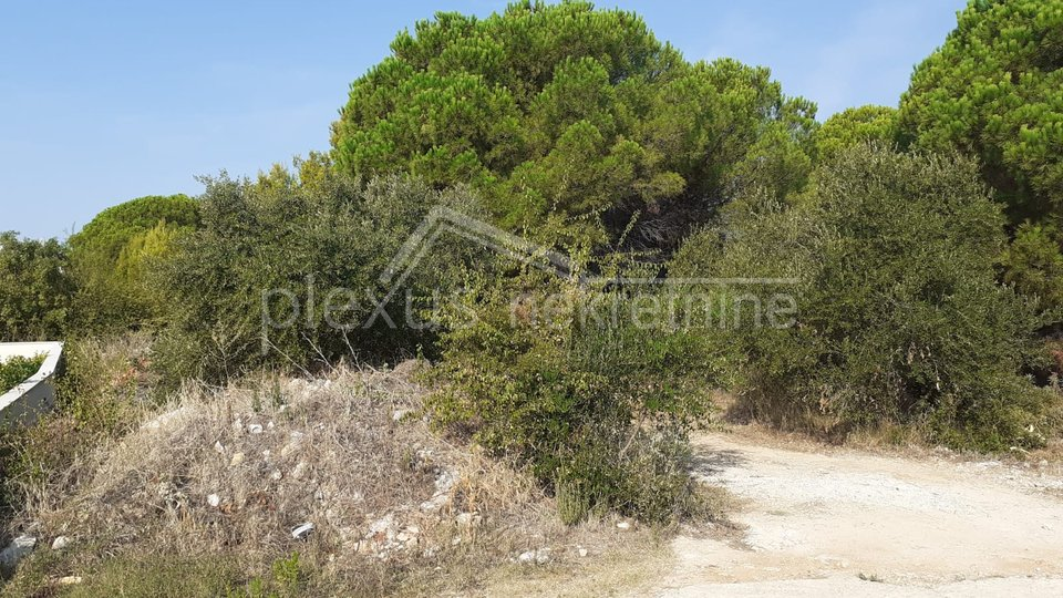 Land, 1350 m2, For Sale, Okrug - Okrug Gornji
