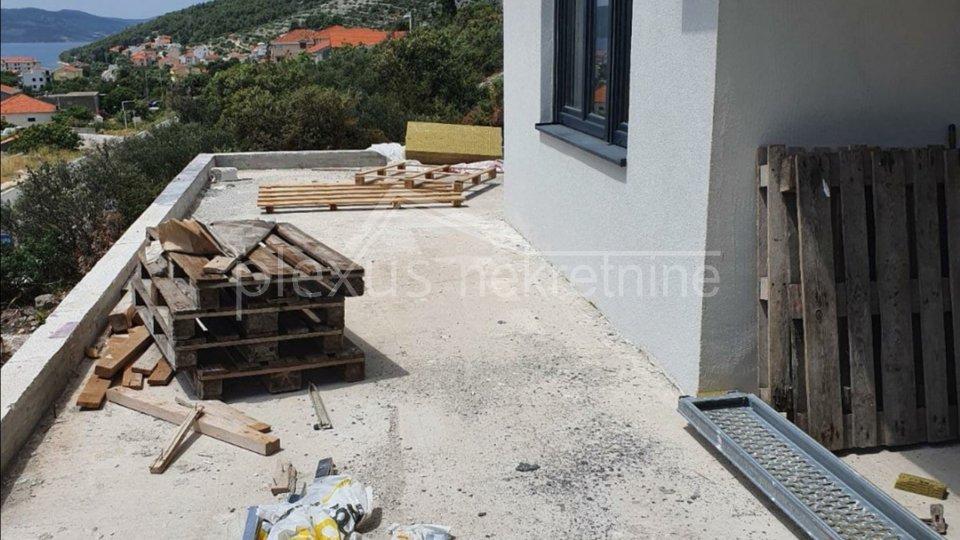 Stan - novogradnja, Trogir - okolica, Seget Vranjica, 78 m2