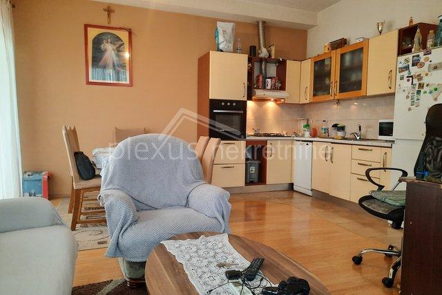 Wohnung, 70 m2, Verkauf, Podstrana