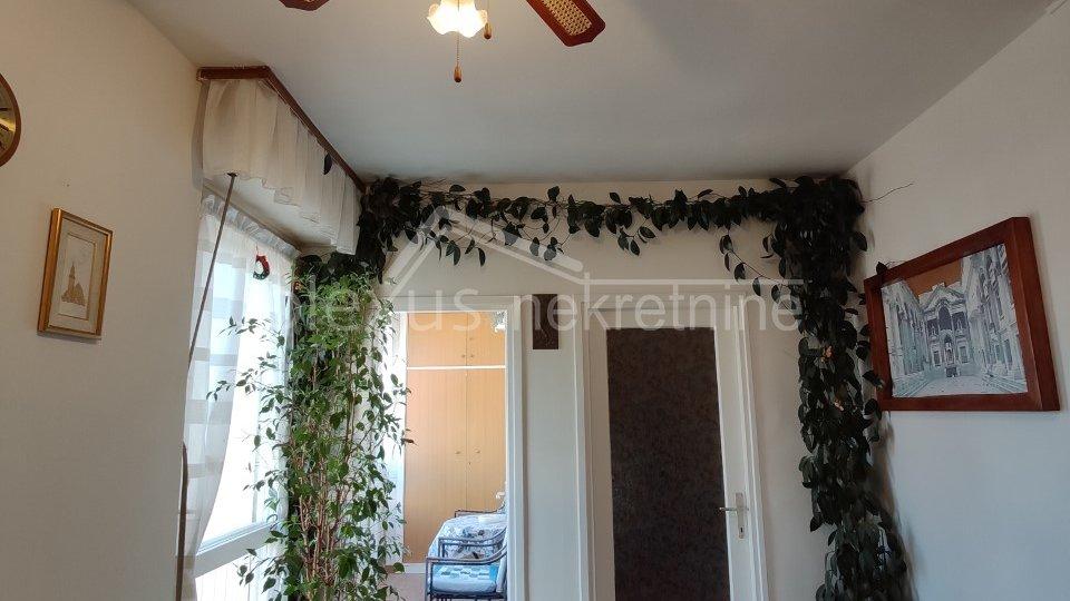 Dvosoban stan za dugoročan najam: Split, Kman, 67 m2