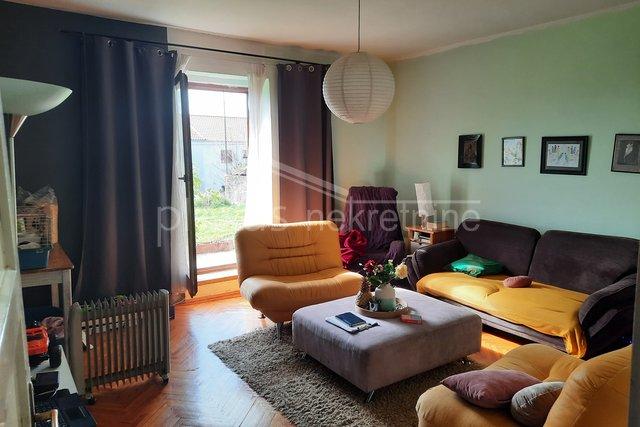 Kuća: Solin, 240 m2 - ZAMJENA