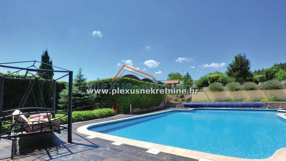 House, 300 m2, For Sale, Cista Velika