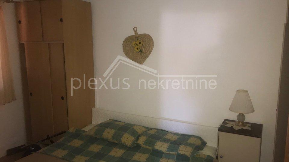 House, 306 m2, For Sale, Supetar