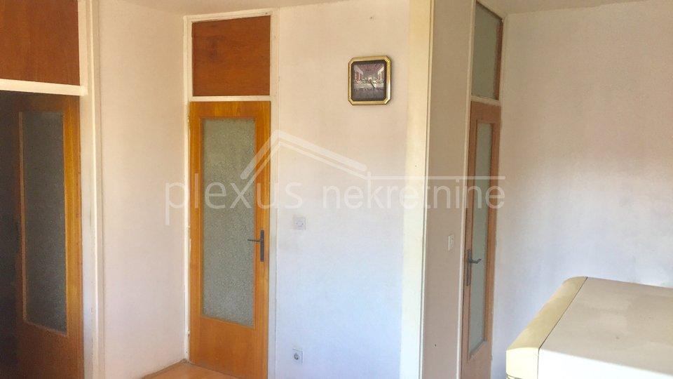 Trosoban stan: Split, Kman, 78 m2