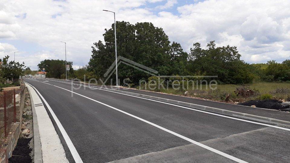 Terreno, 13459 m2, Vendita, Unešić