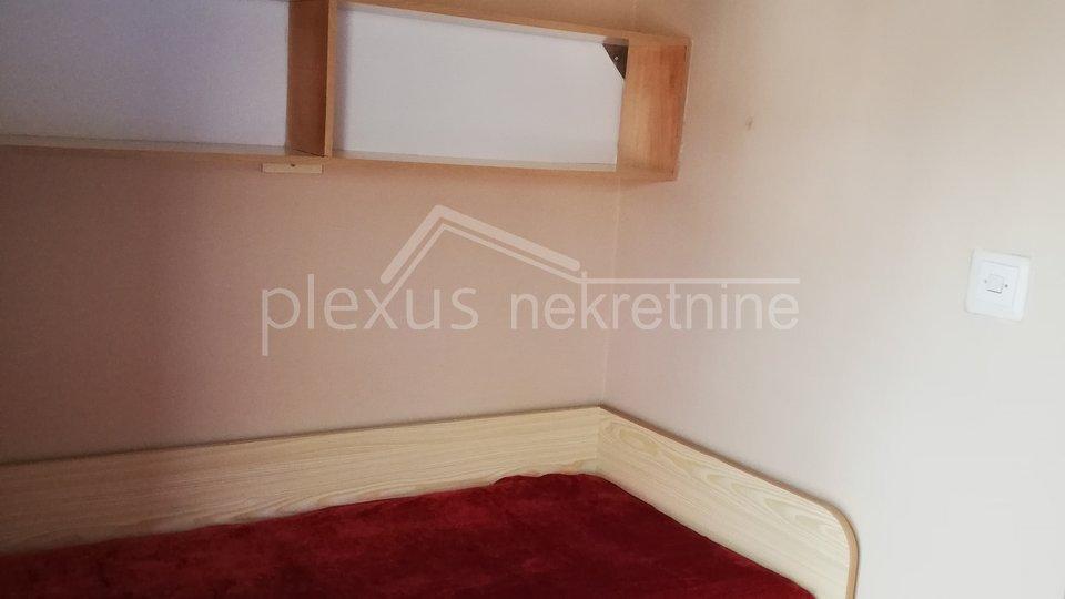 Dvosoban stan u centru: Split, Dobri, 65 m2