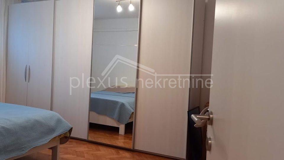 Jednosoban komforan stan: Split, Plokite, 45 m2
