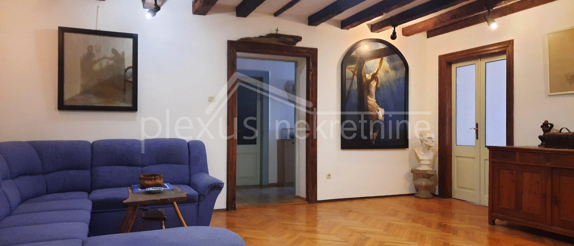 Dvoetažni stan u centru: Split, Grad, 226 m2