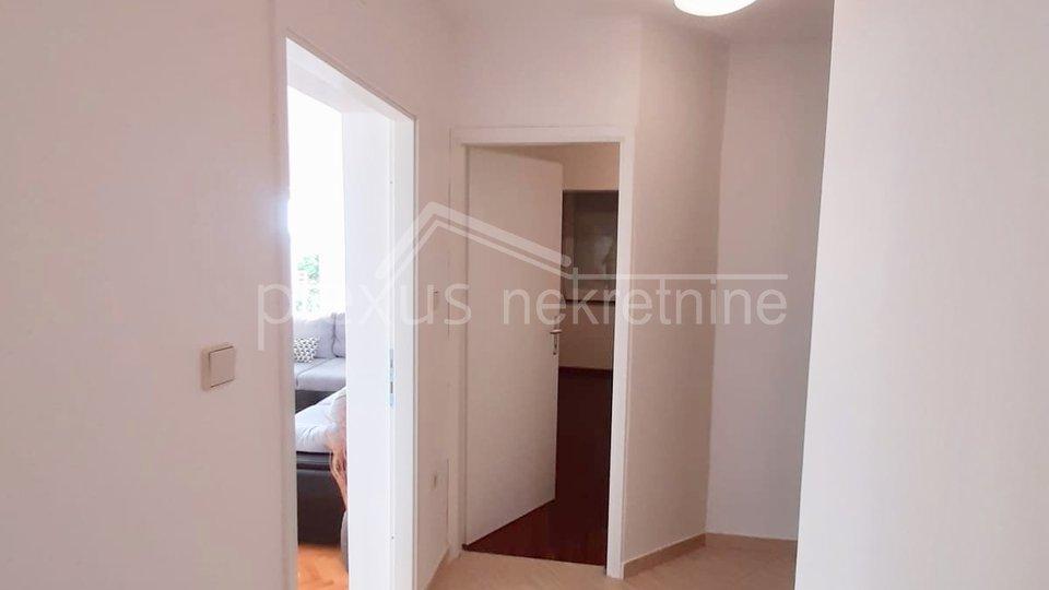 Trosoban stan s pogledom na more: Strožanac, Podstrana, 96 m2