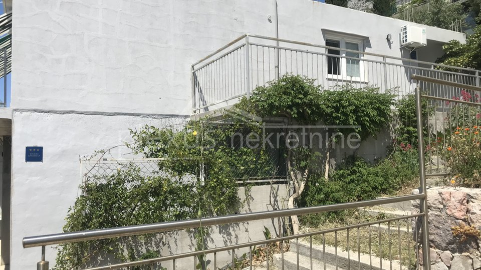 Haus, 189 m2, Verkauf, Omiš - Lokva Rogoznica