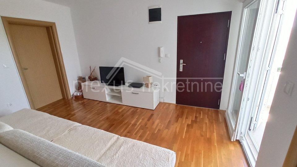 Wohnung, 44 m2, Verkauf, Bol