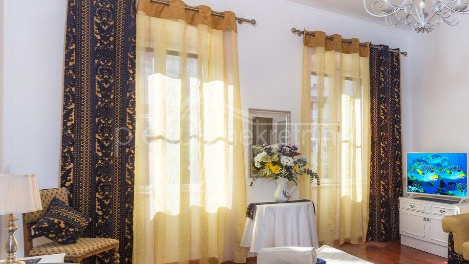 Četverosoban stan u centru: Split, Lučac, 105 m2